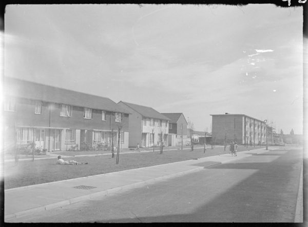 Kershaw Road on the newly built Heath Park Estate in 1951