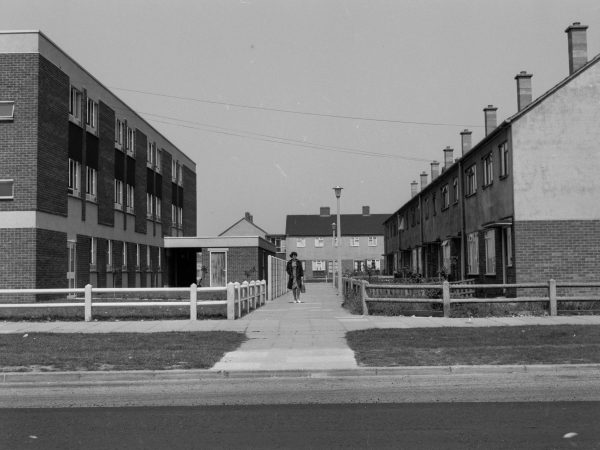 a pathway off Bastable Avenue on the Thames View Estate in 1968